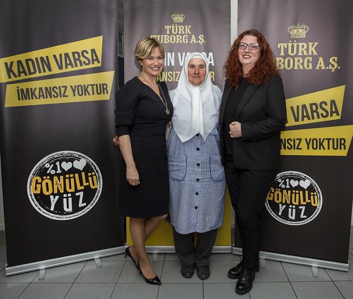 Tuborg'dan kadınlara ilham veren kampanya 1552174791 Tuluhan Tekelio  lu Nuran Erden Ece Duyar 2