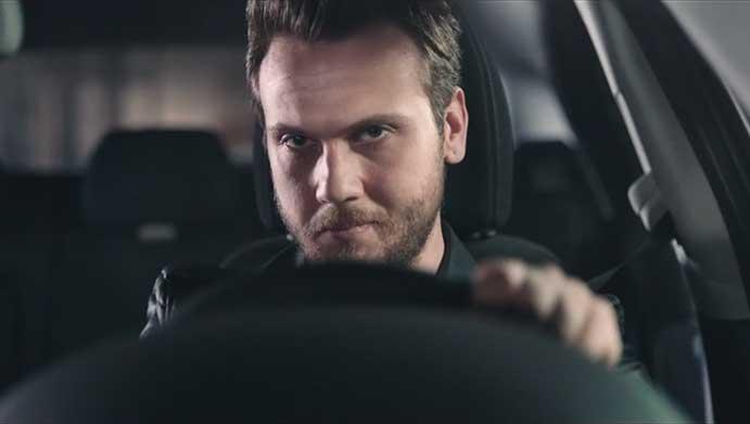 Fiat'ın yeni reklam filmi- Aras Bulut İynemli Fiat  n yeni reklam filmi Aras Bulut I  ynemli 2